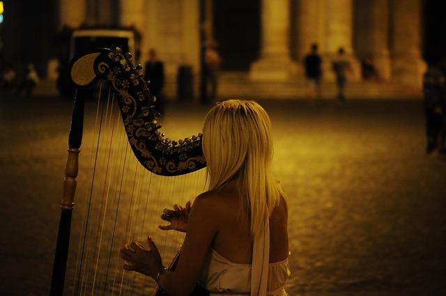 harp-384557_640